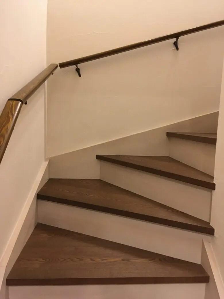 階段の照明は忘れがち。階段の照明は壁付?吊り下げ?電気系統はしっかり計画
