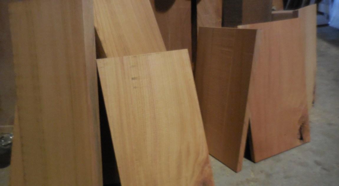 欅の木取り