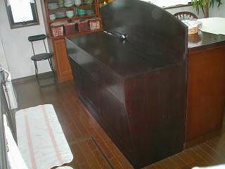 食器棚 001