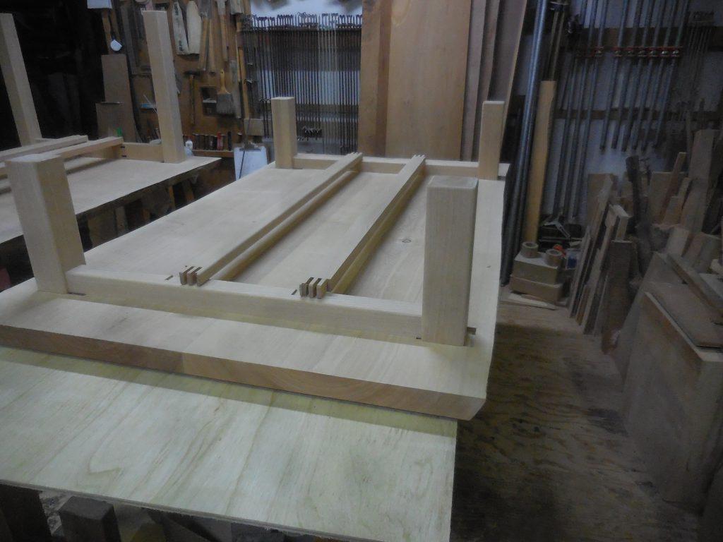 座卓の脚・幕板組み立て