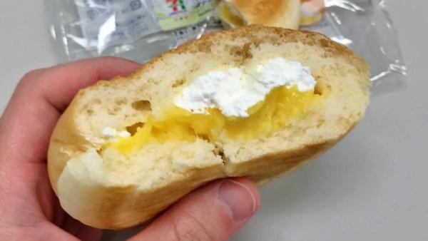 ダブルクリームパン