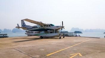 Hydravion sur la Baie d'Halong