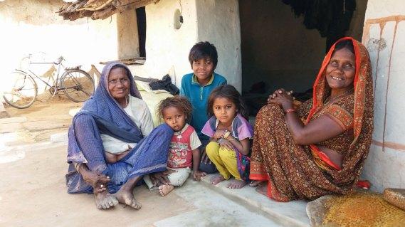 Groupe ethnique à l'écart de Khajuraho