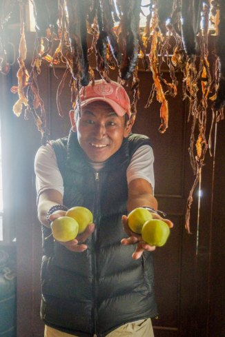 La viande séchée et les pommes sont appréciés dans le Haut Mustang