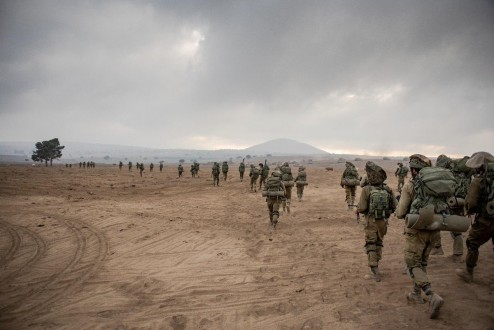 الجيش الاسرائيلي واصل بناء الجدار الاسمنتي في العديسة