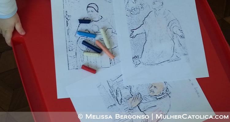 No início, Felipinho só queria que eu pintasse, mas com um pouco de incentivo ele começou a pintar sozinho. Usei um programinha gratuito (GIMP) para transformar as figuras de S. Filipe, S. Tomás e S. Afonso em linhas de desenho.