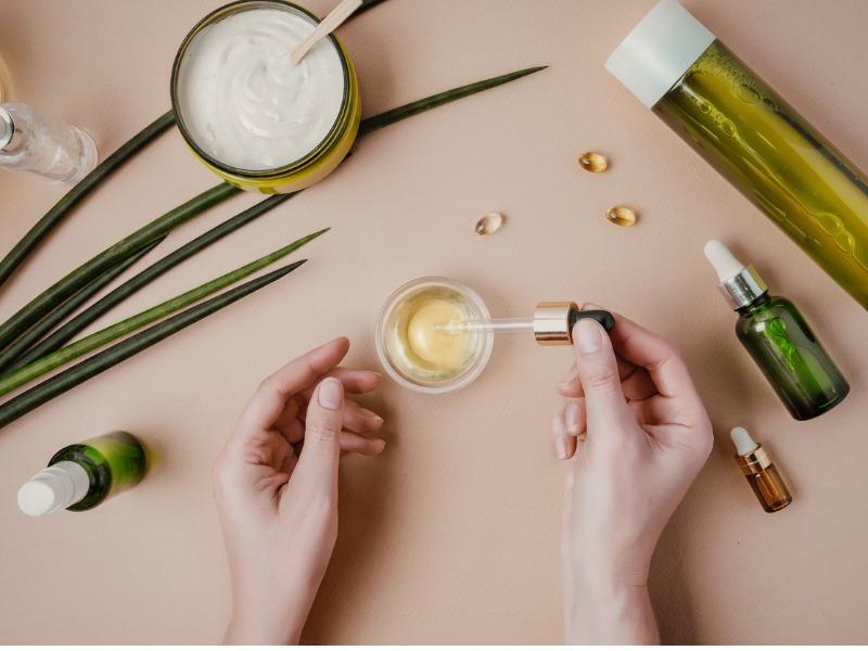 woman-cosmetologist-cosmetics-testing-natural-organic-cosmetics-serum-picture-id1164263699