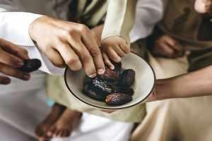 تفسير التمر في المنام عند الإمام الصادق