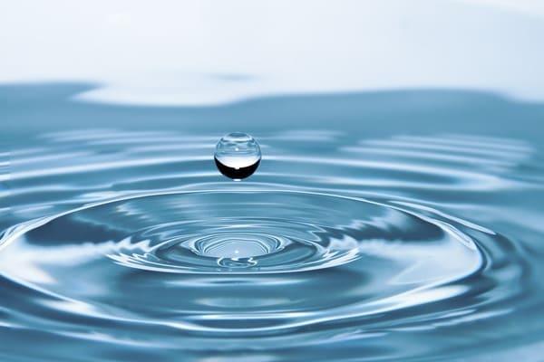 تفسير حلم شرب ماء زمزم