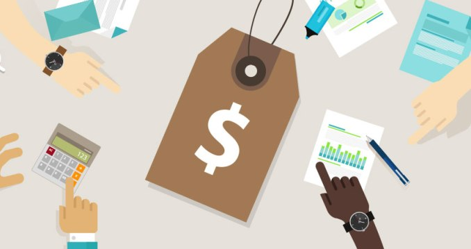 Pricing Strategies to Optimize Customer Loyalty in Uncertain Times