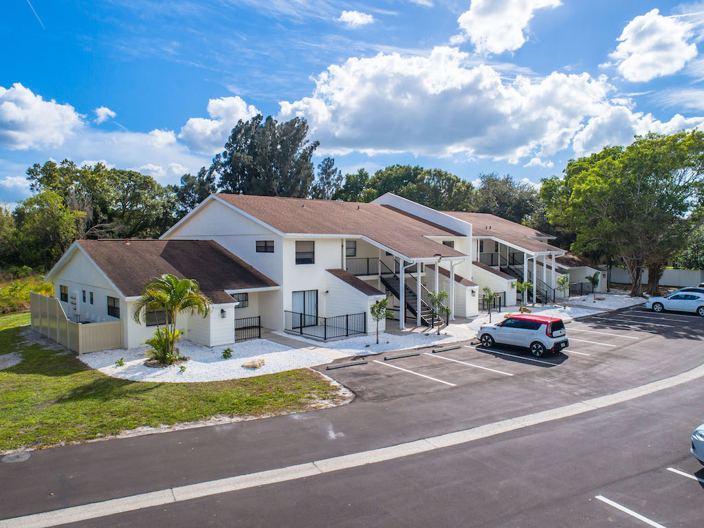 The Multifamily Firm Brokers Apartment Building Sale in Sarasota, FL