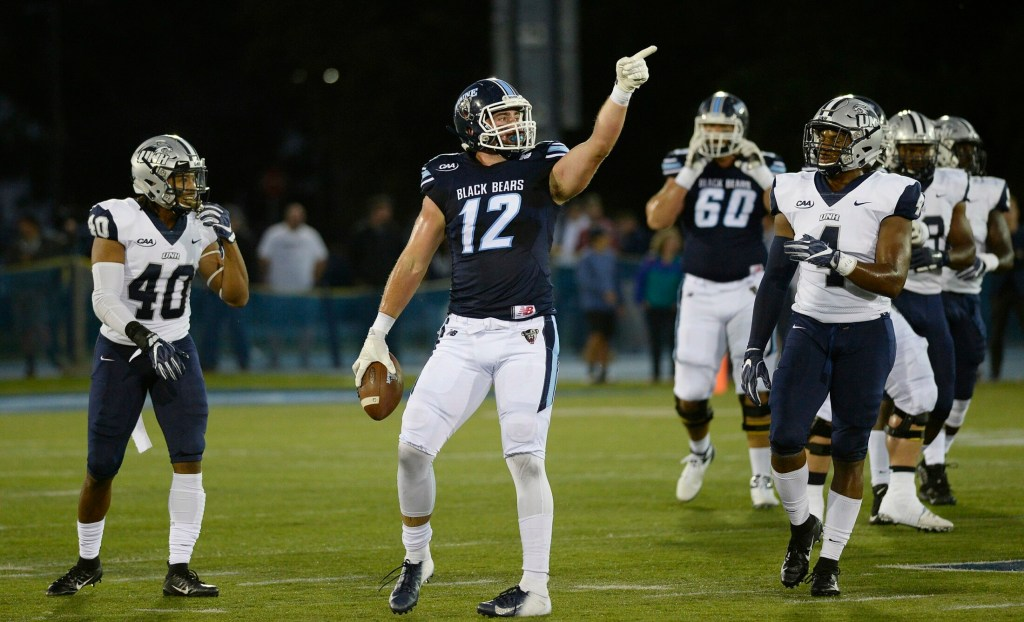 Drew Belcher, a former tight end at the University of Maine, signed a free-agent contract with the Arizona Cardinals after the NFL draft was complete on Saturday.