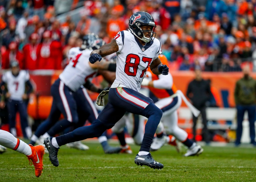 Demaryius Thomas signed a one-year contract with New England on Tuesday. His season with the Texans last year ended with an Achilles injury. (Associated Press/Jack Dempsey)
