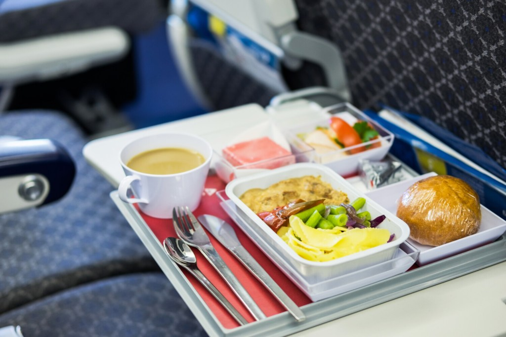 Tasty airline food doesn't have to be an oxymoron, some experts say.