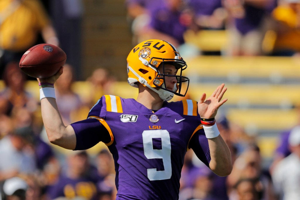 College football roundup: Burrow lifts LSU to another rout ...