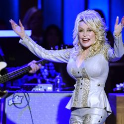 Dolly_Parton_Opry_80636