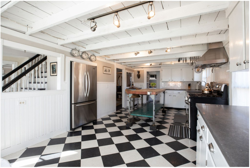 150 Year Old Home Is Ideal For Vintage Lovers Portland