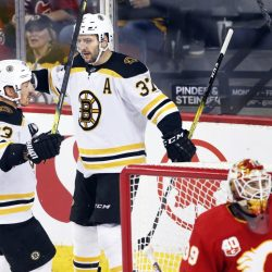 Bruins_Flames_Hockey_28115