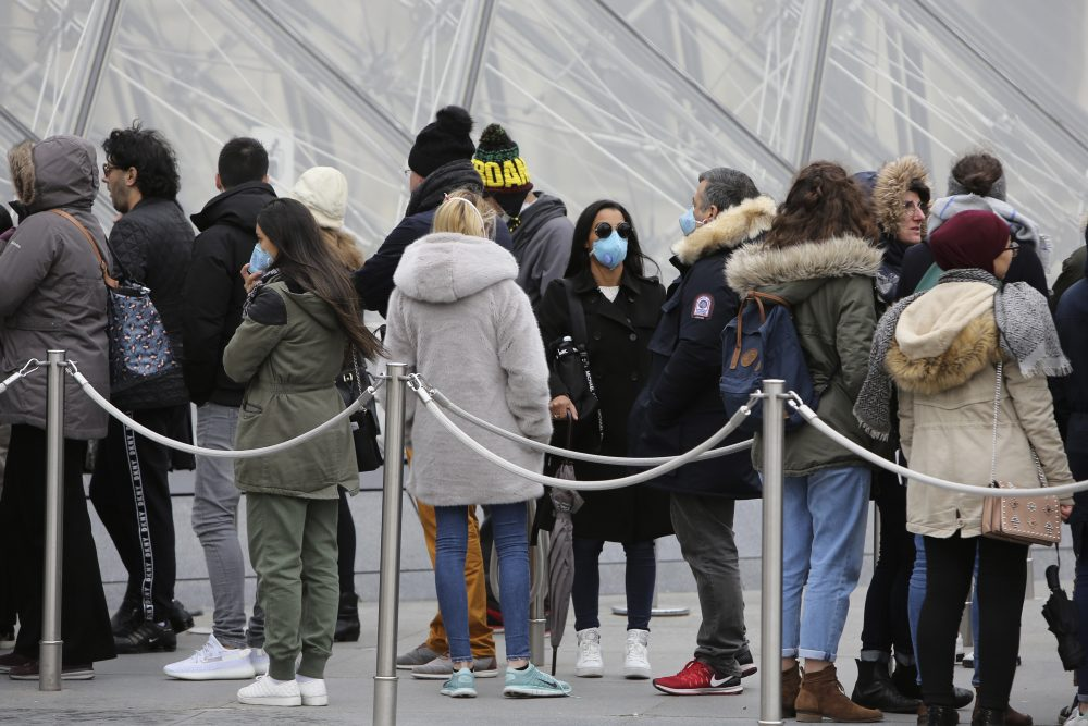 France's Louvre Museum shut down amid spreading coronavirus crisis