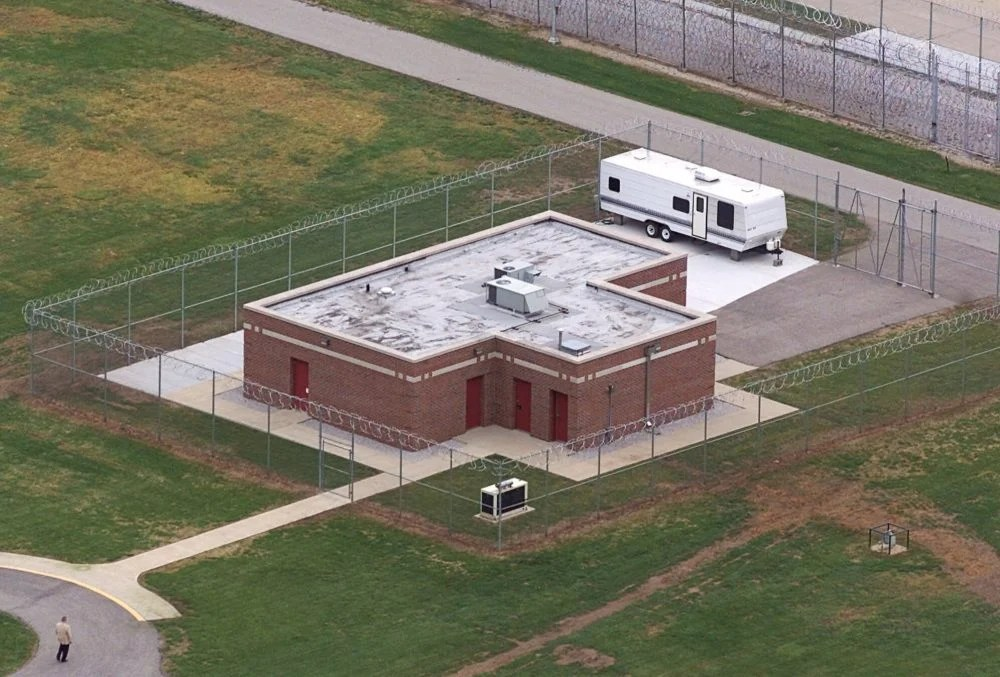 An aerial view of the execution facility at the United States Penitentiary in Terre Haute, Ind. (AP Photo/Michael Conroy File)
