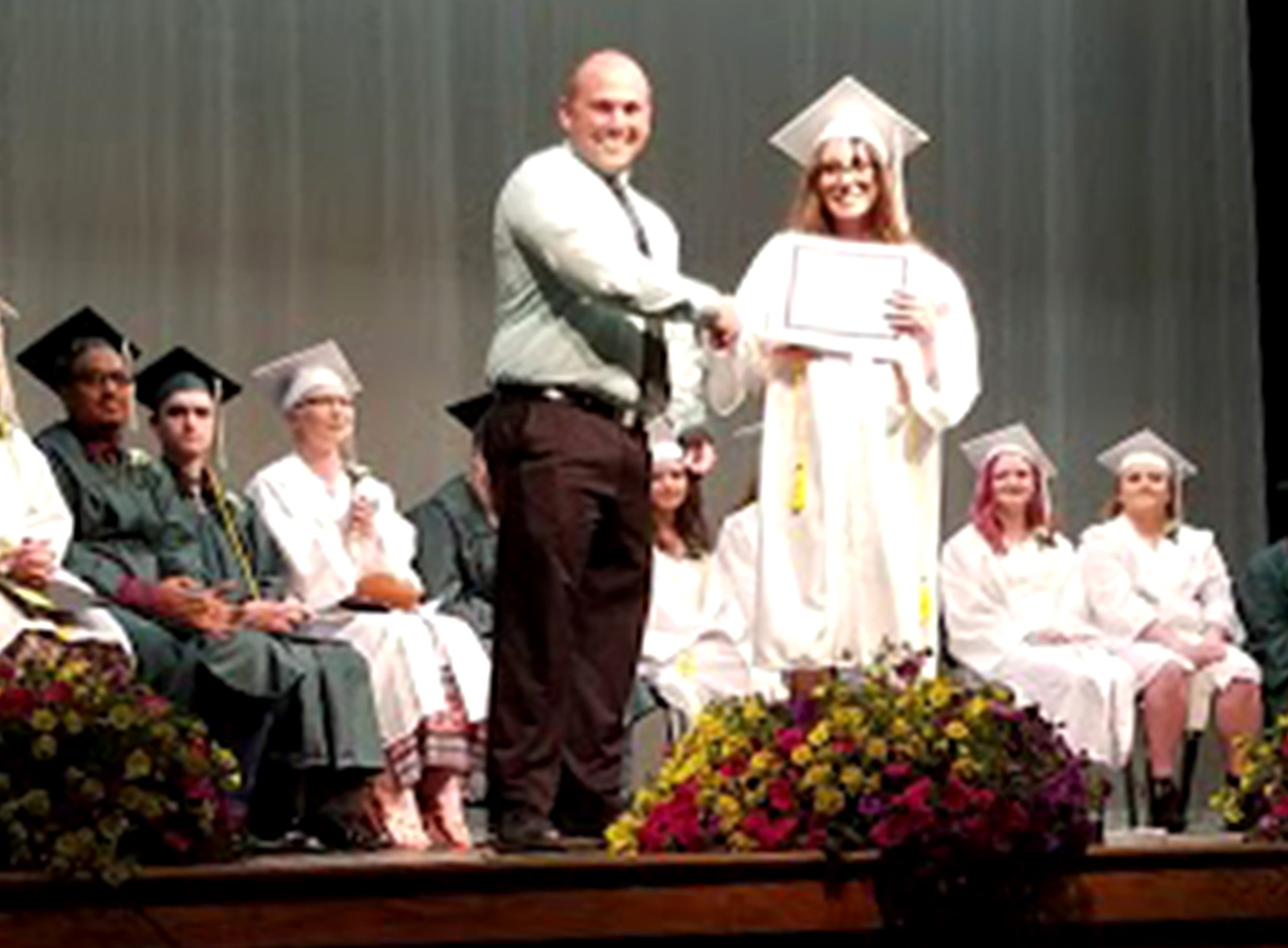 27 graduate from SAD 52 Adult Education program | Lewiston Sun Journal