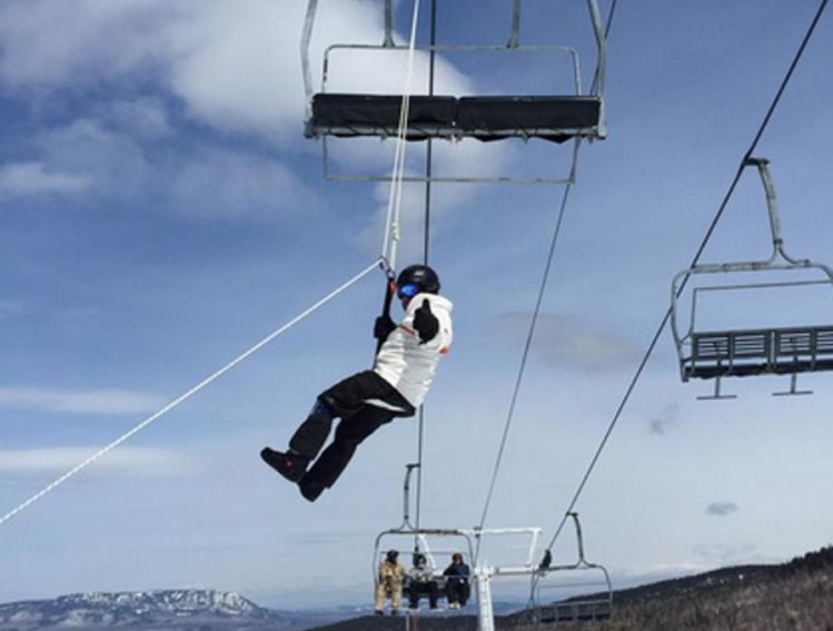ski chair lift malfunction how to make a wooden rocking probe finds gearbox failure caused sugarloaf chairlift accident