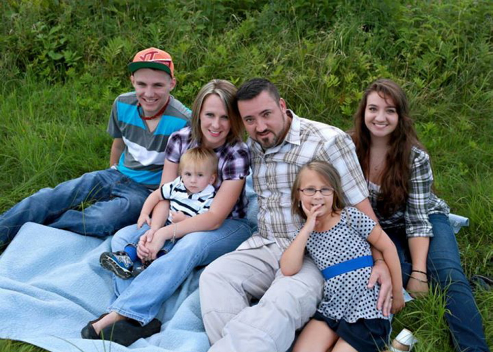 Kelli and Corey Dodge with their four children, Connor, 17, Blake, 3, Samantha, 20, and Peyton, 7.