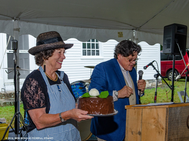 "Wendy Ross Eichler displays a ""Two in One Dessert,"" that sold for a record-breaking $1,000 through the deft efforts of auctioneer Kaja Veilleux of Thomaston Place Auction Galleries."