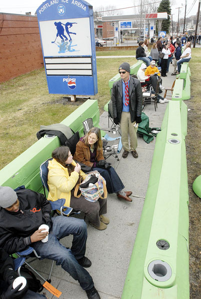 A crowd waits in line near the Expo in Portland this morning to see President Obama, hours before his expected arrival.