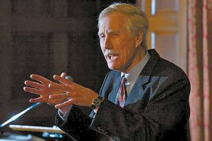 FORMER MAINE GOV. ANGUS KING announces his independent candidacy for the U.S. Senate on Monday night, after giving a lecture on leadership at Bowdoin College in Brunswick.