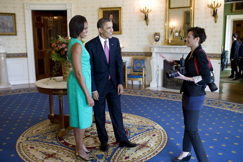 Samantha Appleton chats with the president and first lady at the White House.