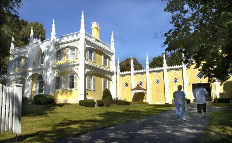 Visitors prepare to tour the Wedding Cake House in 2005 during a benefit for victims of Hurricane Katrina.