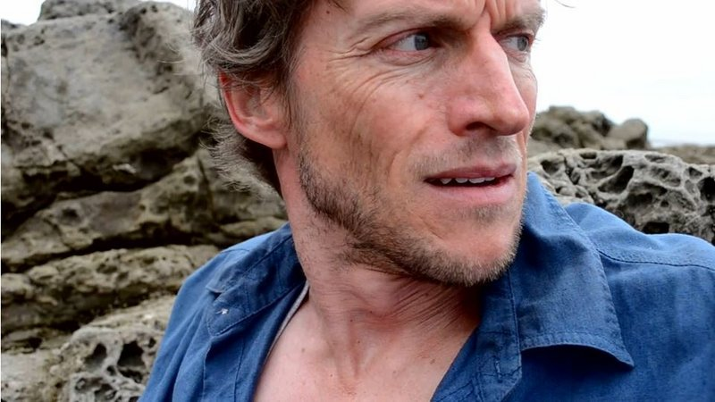 """Gideon Emery plays a surgeon and amateur drug dealer in Billy Hanson's short film """"Survivor Type,"""" based on a Stephen King short story."""