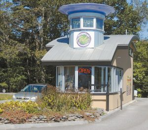 HOPING TO REVERSE the location's recent trend of short-lived eateries, Tropical Smoothie Café, at 154 1/2 Pleasant St. in Brunswick, opened Aug. 3 and has done increasing business ever since, according to owner Mike Turpin and his eight employees.