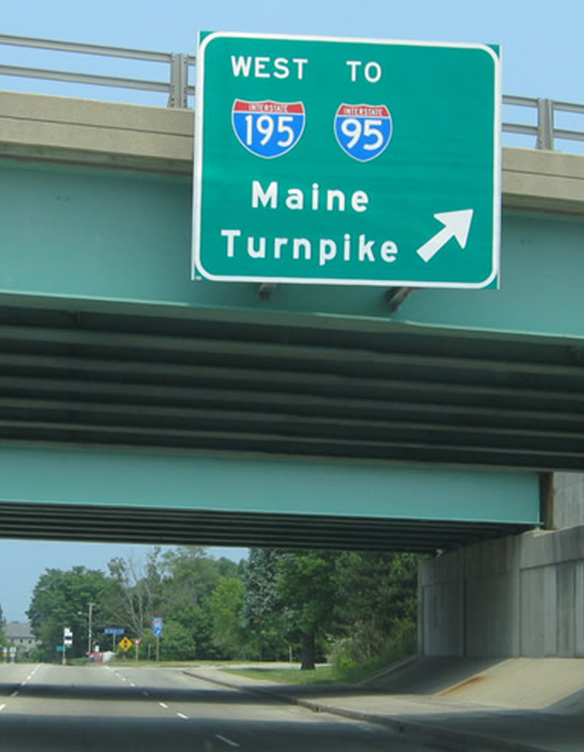 The heaviuest Memorial Day traffic on the Maine Turnpike is expected from 4 to 7 p.m. on Monday. JOURNAL TRIBUNE/ file photo