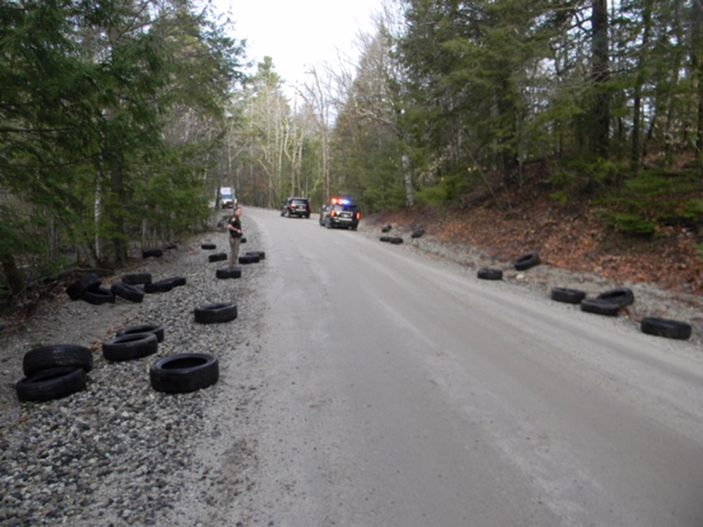 Used Tires Portland >> Someone Dumped More Than 90 Old Tires On A New Gloucester Road