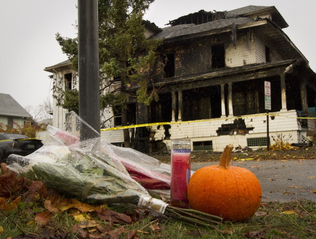 Portland councilors are urged to build a public memorial to the Noyes Street fire victims.