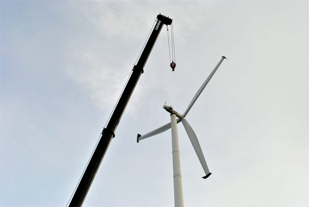 Work began on Thursday to remove the wind turbine on Saco Island.