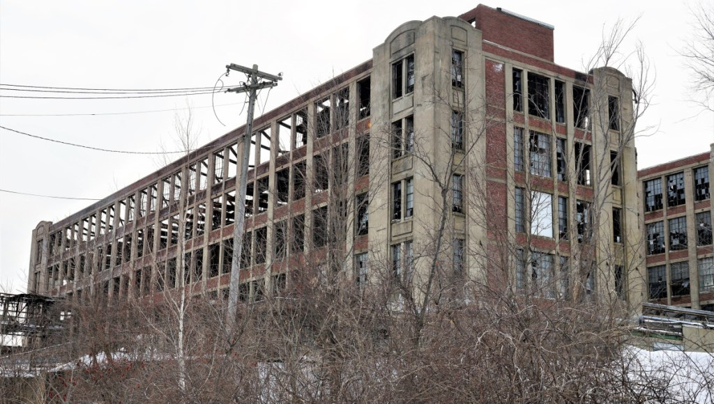 The 35-day partial shutdown of the federal government meant that a projected January start for removal of asbestos from the Stenton Trust building in Sanford couldn't begin on schedule, but the U.S. Environmental Protection Agency says work should begin in March.