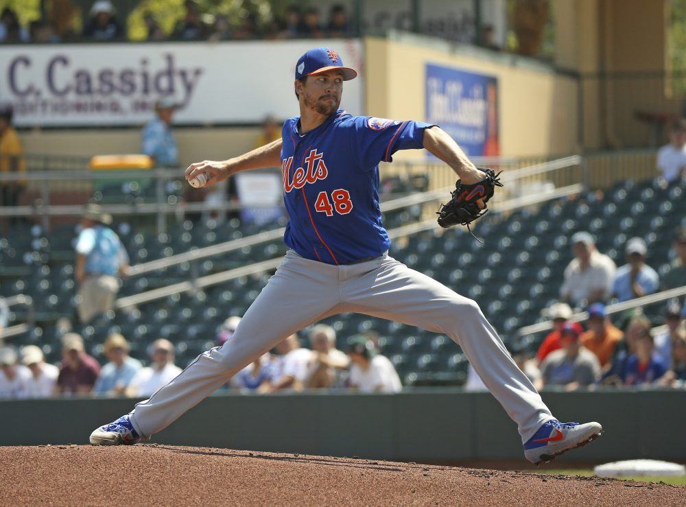 Jacob deGrom and the New York Mets have agreed to a $137.5 million, five-year contract, according to a person familiar with the negotiations.