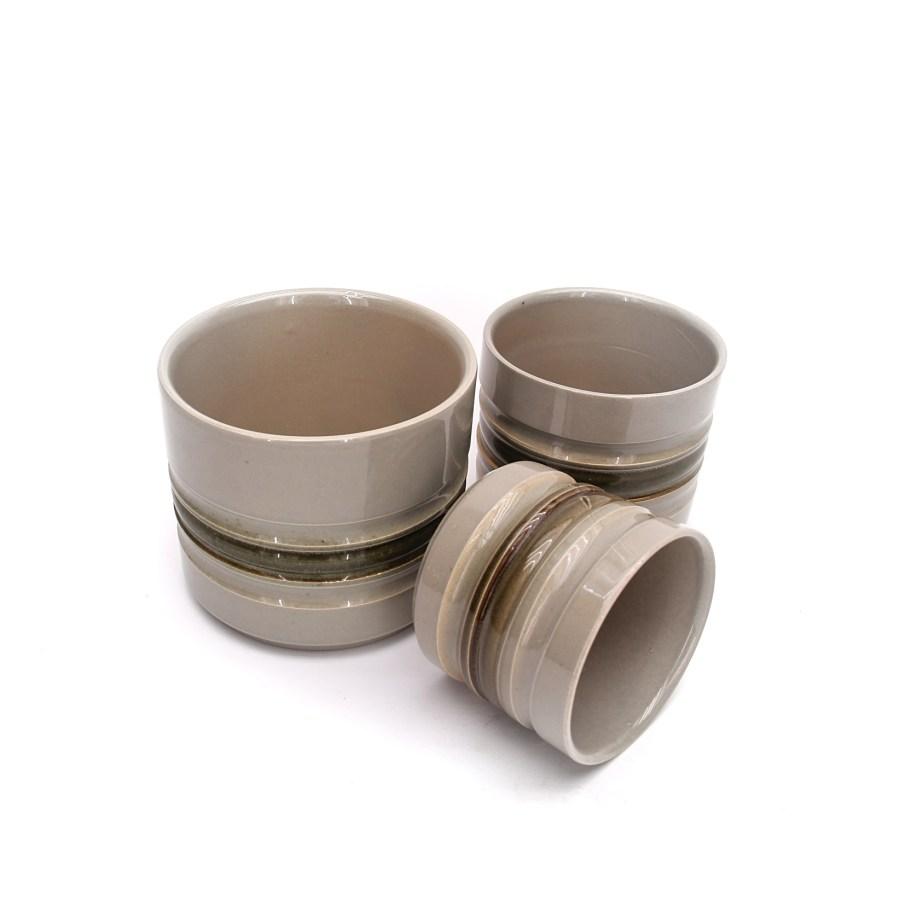 Potteskjulere i keramik, grålig glasering, 3 stk