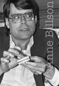 Stephen King, writer. London, 1983.