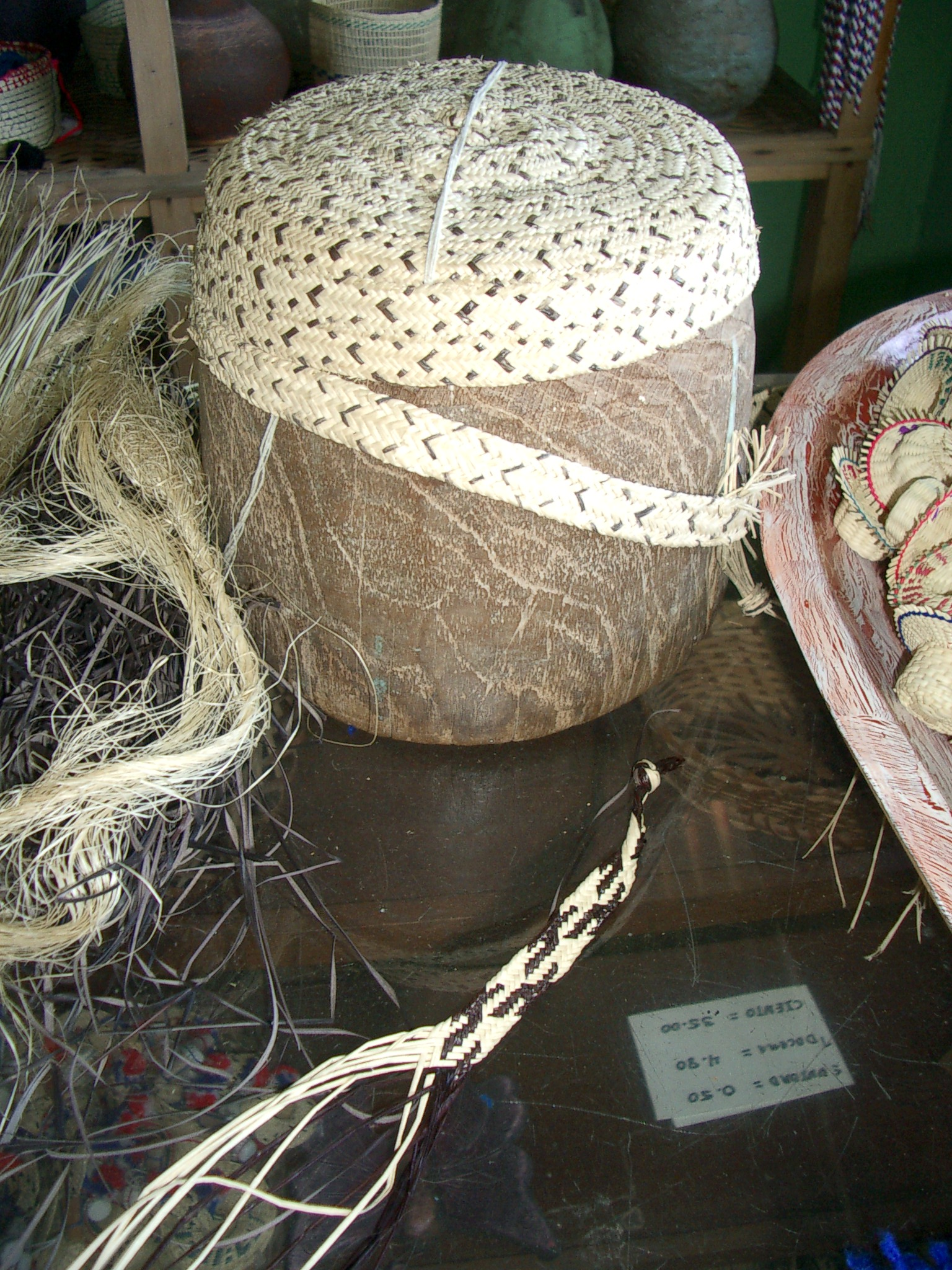 Handcraft and weaving