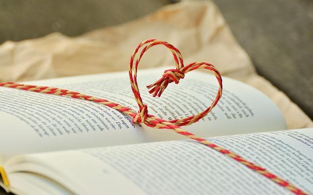 Co robić by nie kupić dobrej książki na prezent?