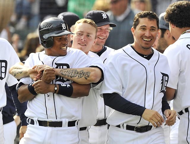 Tigers 9, Indians 8