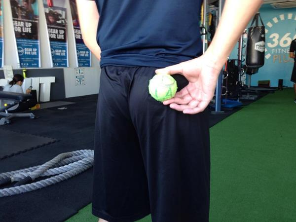 ms_training_15_Piriformis Release Ball Placement