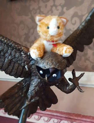 cat and owl statue