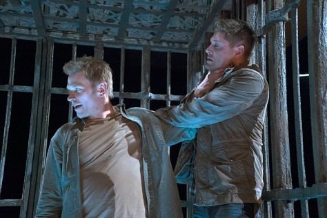 Supernatural-season-11-episode-10-Lucifer-chokes-Dean