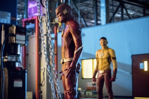 The Flash, Mixed Signals 01