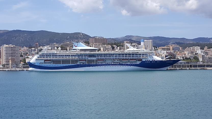 Los cruceros contaminan más que todos los coches de Europa